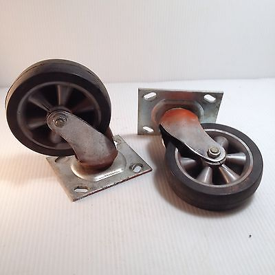 2 Used Wheels Swivels Casters with Bearings 4.5 Inch Wheel