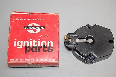 Standard Ignition Parts Distributor Rotor DR-318 new old stock