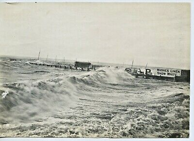 18 July 1917 Orig Photo Of The Wallaroo Jetty Being Lashed By Huge Seas S.a A30.