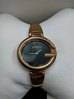 d599024bead GUCCI GUCCISSIMA LADIES Quartz Black Dial Rose Gold Pvd Bangle ...