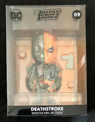 Deathstroke - Justice League America - XXRAY Collectable Figure  (BRAND NEW)