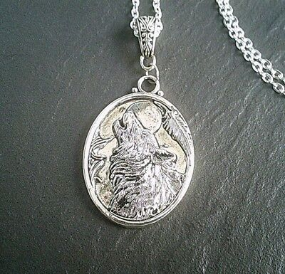 Silver Howling Wolf Pendant Necklace Animal Totem Chain Gothic Wicca UK Seller