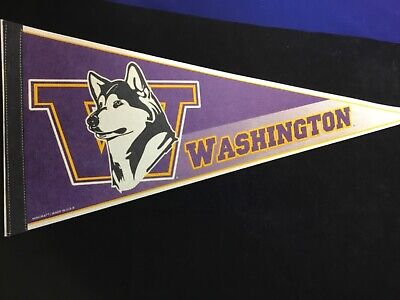 Large//12 x 30-Inch WinCraft NCAA Connecticut Huskies Womens Final Four Champions Premium Quality Pennant White