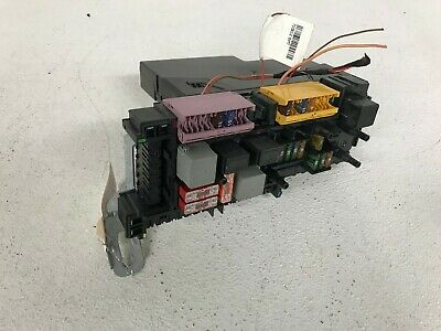 10 2010 mercedes benz c class fusebox relay oem w204 c300 lot302
