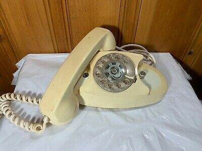 Vintage 1970 Bell System Western Princess Telephone Electric Dial White 701B