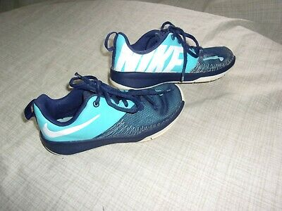 more photos 6a4d4 3b332 Boys Nike Sneakers Size 1 Y Team Hustle D7 Kids Blue Youth