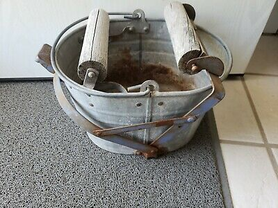 Galvanized Mop Bucket Vintage Mop Pail Country Farm Primitive Decor, working!