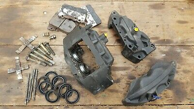 TOYOTA SOARER JZZ30 2 5 TT Front Brake Calipers Pads Pair Used