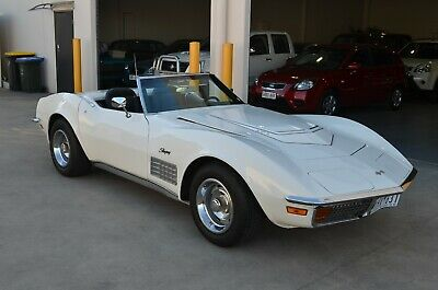1972 Model CORVETTE C3 Roadster with Hard Top Roof