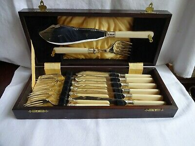 Beautiful Set Of Silver Plated EPNS Fish Knives ,Forks & Servers In Wooden Case