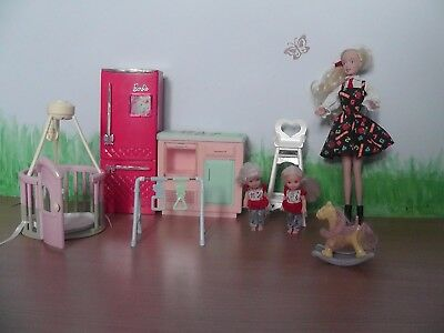 BARBIE Kitchen with dolls and accessories