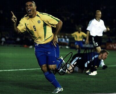 """Ronaldo signed 10x8"""" Photo Real Madrid And brazil Proof W#904"""