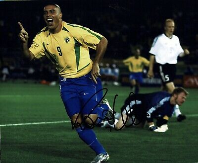 """Ronaldo signed 10x8"""" Photo Real Madrid And brazil Proof W#905"""