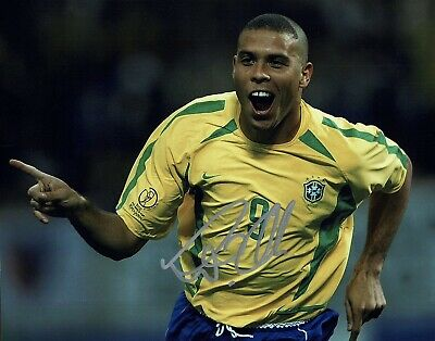 """Ronaldo signed 10x8"""" Photo Real Madrid And brazil Proof #906"""