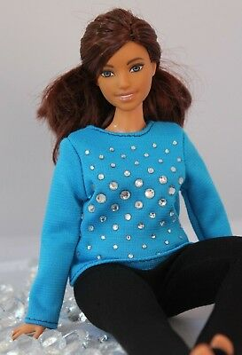 #033 Clothes for Curvy Barbie Doll Blouse and Leggings for Dolls.
