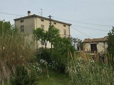 Detached House Close to the Coast In Italy