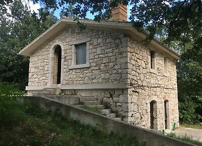 Stone House & 10,000 Sq.m Woodland, Part Renovated, In Italy