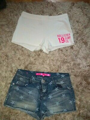 Two Pairs Of Juniors Shorts Hollister White Size Small And Tinseltown Denim/🌟