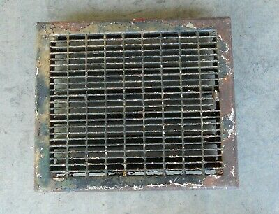 15 1/2 x 13 1/2 Metal Louvered Dampered  Floor Heat Register Vent Vintage  B