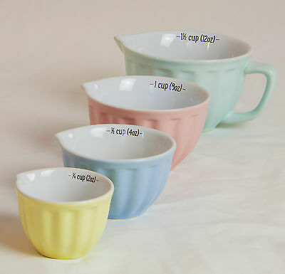 Set of 4 Retro Pastel Measuring Jugs Cups Ceramic with Pouring Spouts