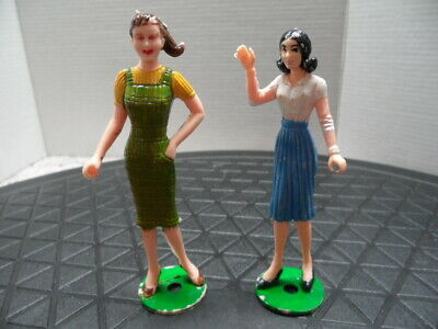 "Mpc Vintage 1960'S ""Teenette"" Doll And Dollhouse Doll With Ring Hands"