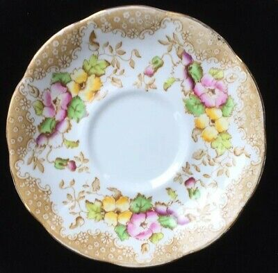 "Beautiful VINTAGE ROYAL ALBERT ""LOVELACE""  SAUCER Bone China"