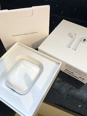 Apple Airpods 1 With Case And Box