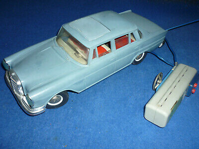 Gama Mercedes Benz 220 Kabelfernlenkung Auto RC Remote Control Filoguidée Car
