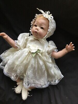 "Reborn Doll Dress Set. Creamy Lace. 19-21""."