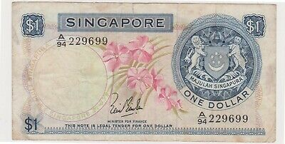 (N31-26) 1967 Singapore one dollar bank note (Z)