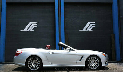 2014 Mercedes-Benz SL-Class 2dr Roadster SL 550 2014 Mercedes Benz SL550 AMG Sport  Pano 22K Miles Financing Available Trades