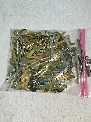 Large Lot of Misc Key BLANKS 3 pounds HOUSE,CARS,etc. Some old & vintage NEW
