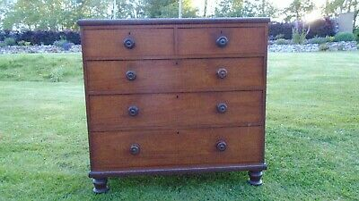 Beautiful antique mahogany chest of drawers