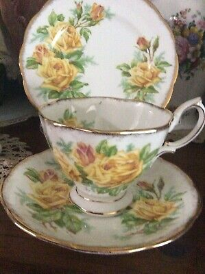 "Royal Albert England Cup saucer plate trio "" Tea Rose """
