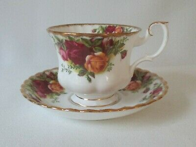 Vintage Royal Albert Old Country Roses Bone China Cup & Saucer Set ~ 4 Available