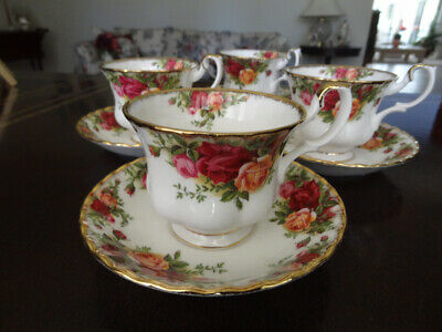 Set Of 4  Royal Albert OLD COUNTRY ROSES Tea Coffee Cups & Saucers
