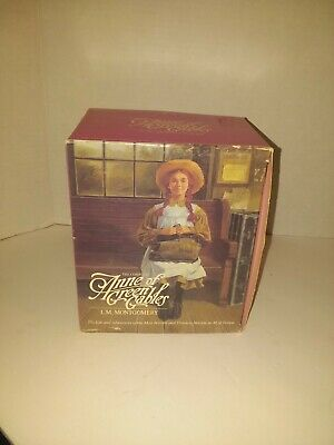 Vintage 1980's The Anne of Green Gables Collection: 7 Book Box Set Paperbacks