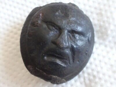 ANCIENT ROMAN BRONZE THEATRICAL MASK 1-3 AD , Very Rare! 9,41 g/ 29 m