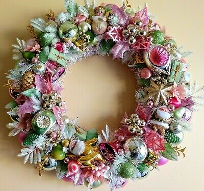 Vintage Style Christmas Ornaments.Pastel Pink Green Vintage Style Christmas Ornament Wreath