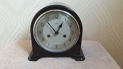 "Vintage ""York"" 1950's Enfield Bakelite Chiming  Mantel Clock. Superb"