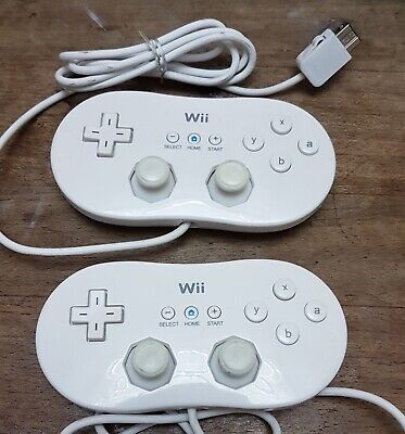 Genuine Nintendo Wii Classic White Controller Gamepad x 2, In Good Condition