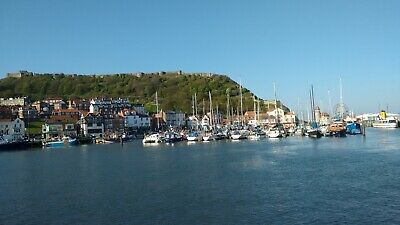 Escape to the beautiful Yorkshire coast! Architects luxury 2bed flat Scarborough