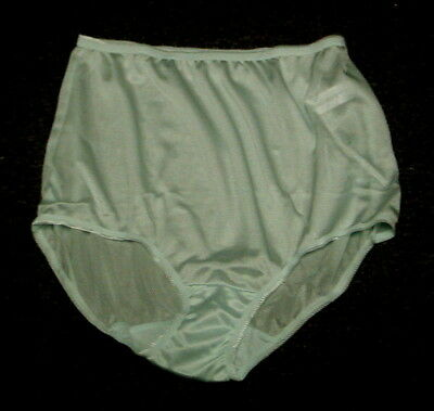 a5bbf8afb New J.C.Penneys Underscore Luxurious Full Brief Tailored Nylon Panty Green  Sz 9