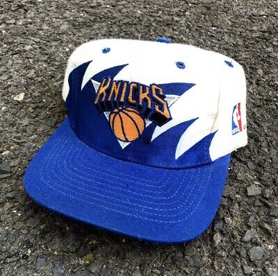new concept 8131d fd2bf Vintage New York Knicks Logo Athletic Sharktooth Snapback Cap Hat NBA  Splash 90s