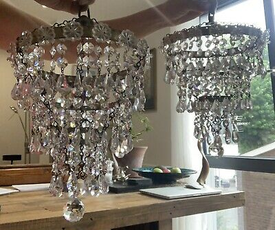 PAIR OF ART DECO 3 TIERED CRYSTAL GLASS PENDANT DROP CHANDELIERS Antique