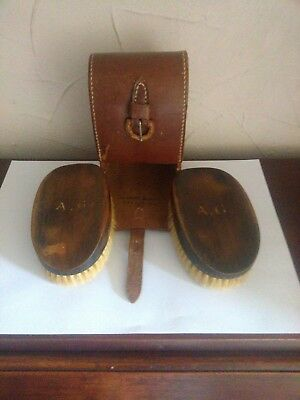 Rare Ww1 1915 Victoria Cross Interest Gents Pair Clothes Brushes In Leather Case
