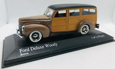 Ford Deluxe Coupe 11A 21A Gray Black 1940-1942 1//18 Motormax Model Car With