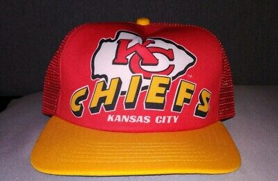 brand new 6b5f1 c5ec4 Vintage NFL Kansas City Chiefs New Era Hat Trucker Mesh Snapback