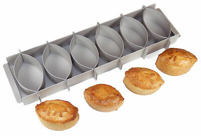Silverwood Bakeware Simple Simon Pie Mould - Makes up to 6 Party Pies
