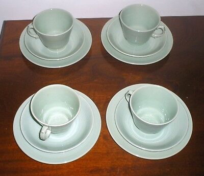 4  x  WOODS WARE BERYL GREEN  TEA / COFFEE CUPS & SAUCERS AND PLATES  WWII 1950s